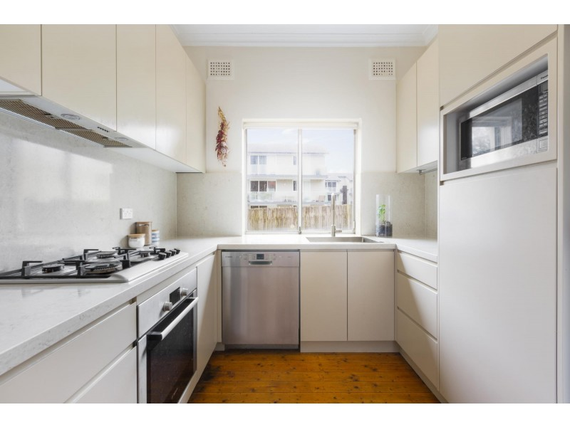 1/13 Wallis Parade, North Bondi NSW 2026