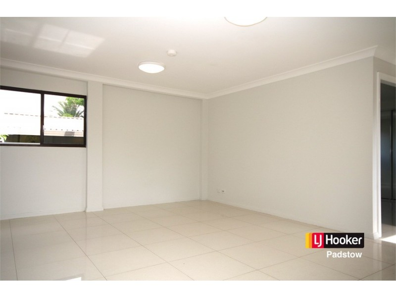 1/57 Townsend Street, Condell Park NSW 2200