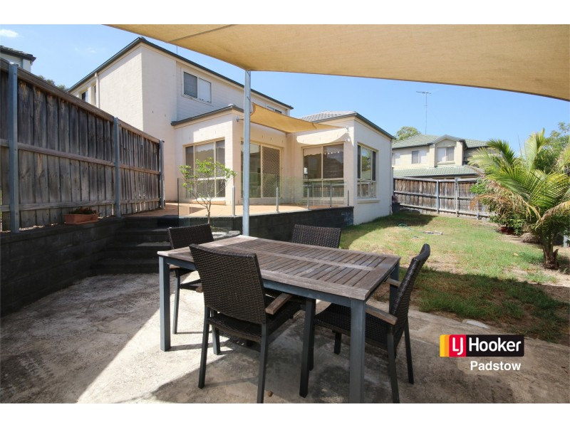 43 Valmay Avenue, Picnic Point NSW 2213