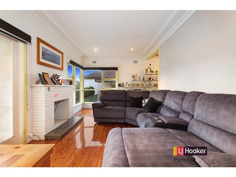 25 Nichols Avenue, Revesby NSW 2212