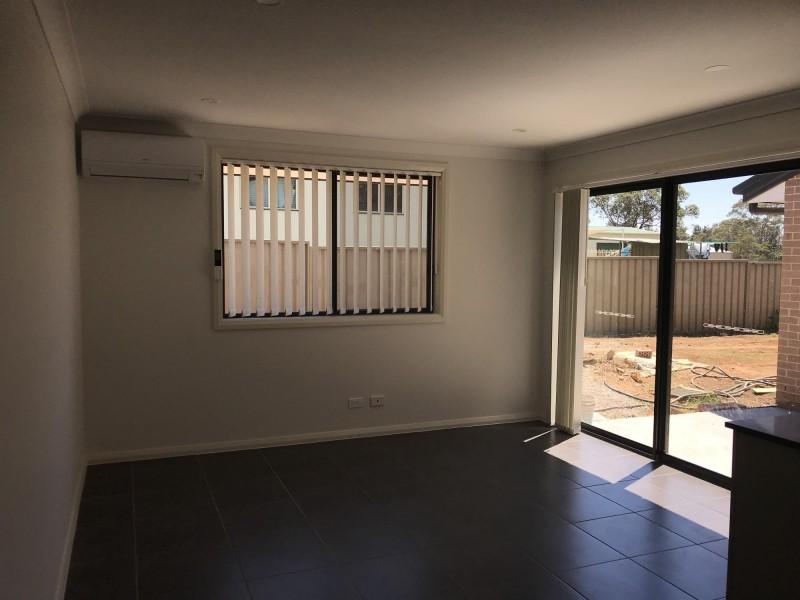 25 Hogans Drive, Bargo NSW 2574