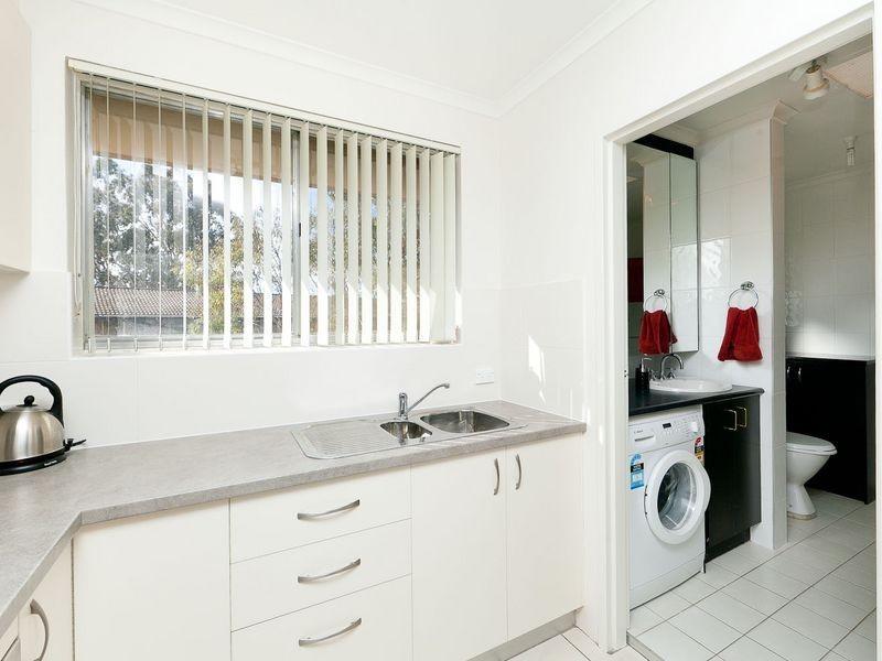 9/14 King Street, Queanbeyan NSW 2620
