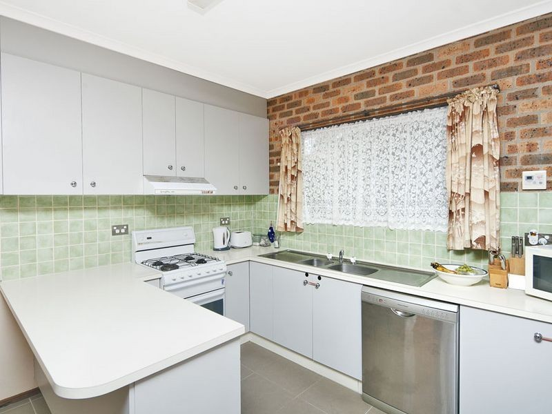 1/2 Doyle Place, Queanbeyan NSW 2620