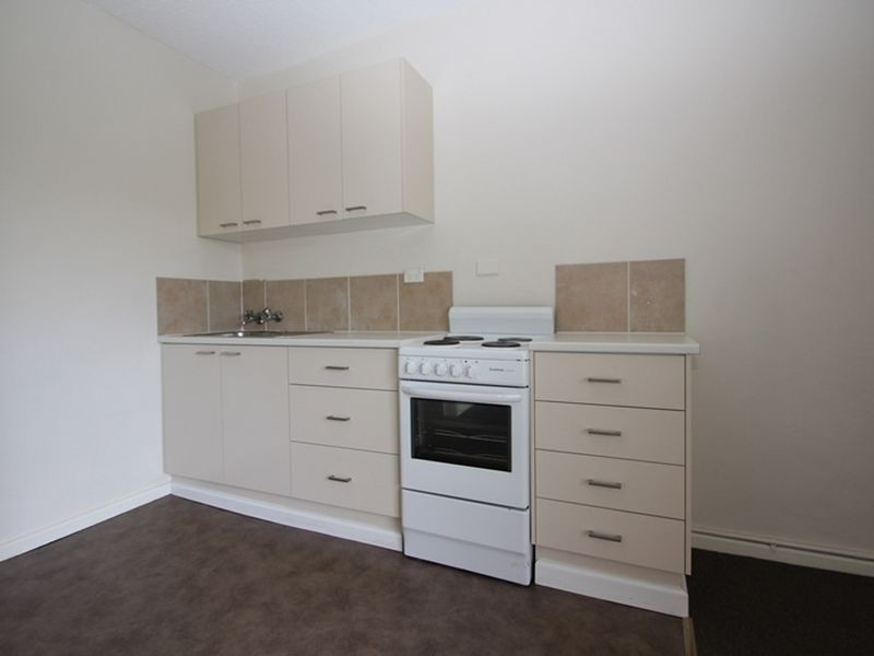 10/3 Charles Street, Queanbeyan NSW 2620