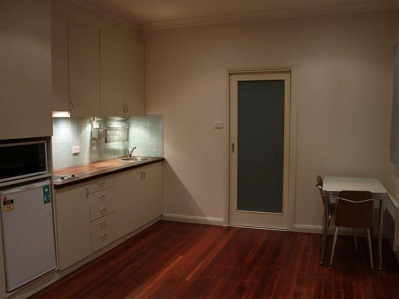 67A The Crescent, Queanbeyan NSW 2620