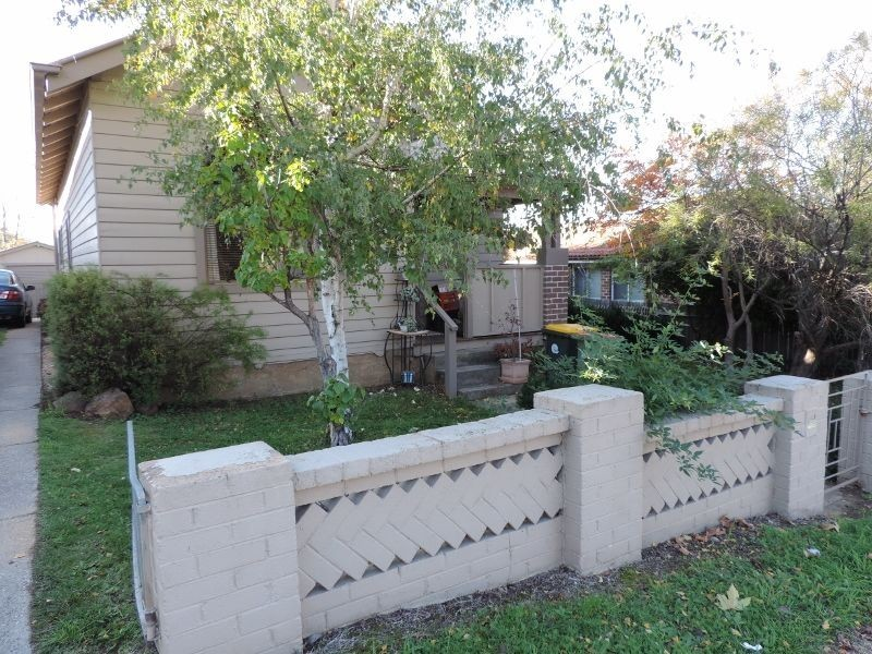 29 Surveyor Street, Queanbeyan NSW 2620