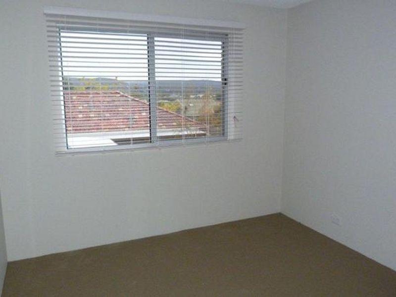 8/70-72 Uriarra Road, Queanbeyan NSW 2620