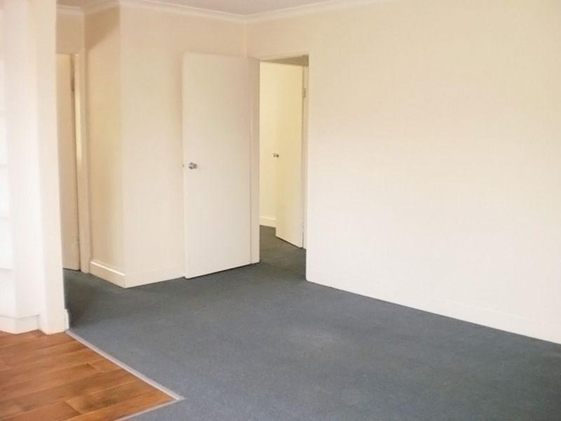 9/81 Collett Street, Queanbeyan NSW 2620