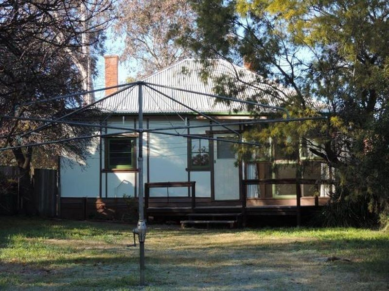 14B Isabella Street, Queanbeyan NSW 2620