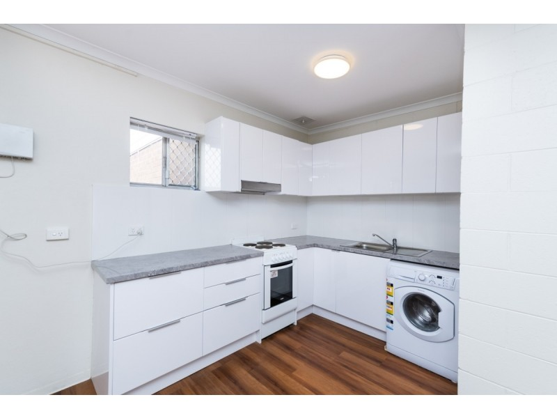 8/22 Carrington Street, Queanbeyan NSW 2620