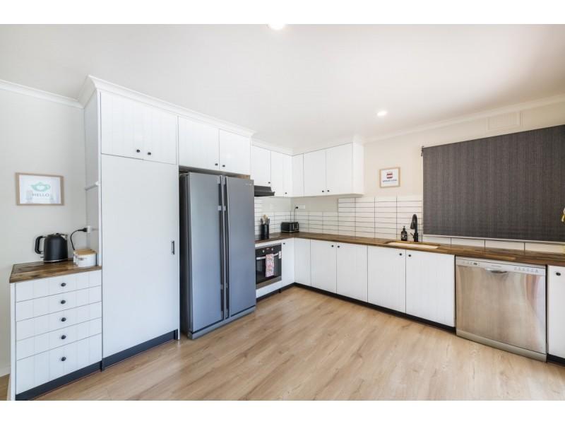 58 Henderson Road, Queanbeyan NSW 2620