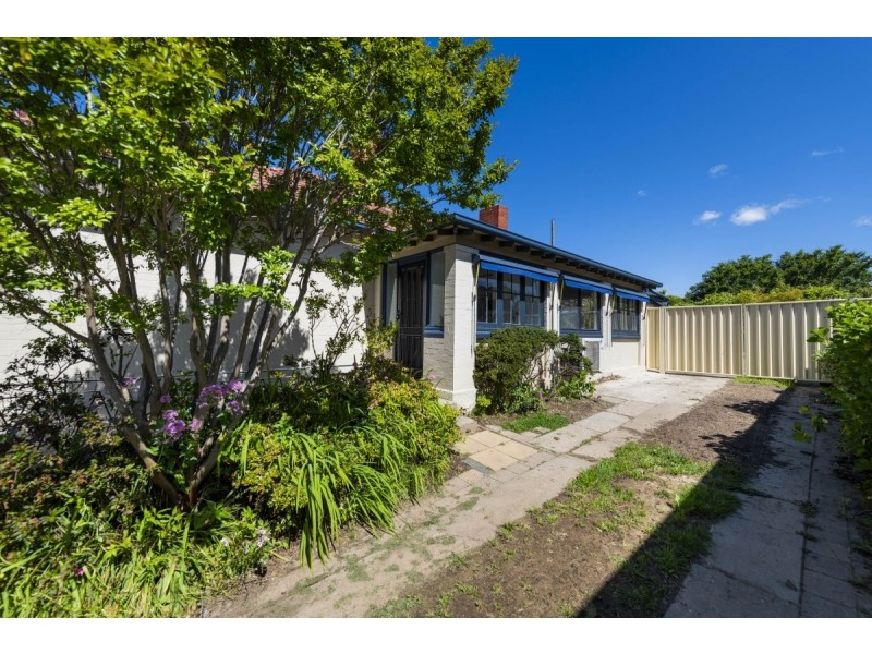 12 West Avenue, Queanbeyan NSW 2620