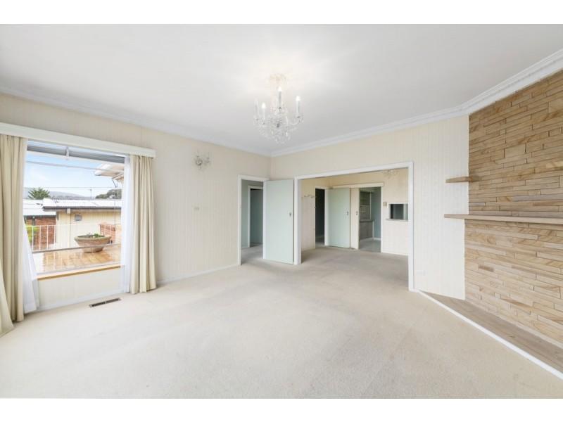 15 Hillbar Rise, Queanbeyan NSW 2620