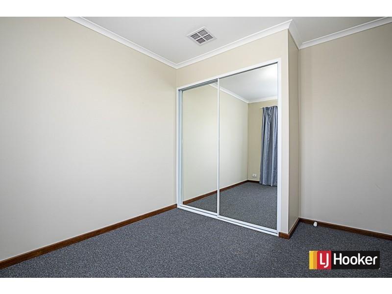 18 Hakea Place, Queanbeyan NSW 2620
