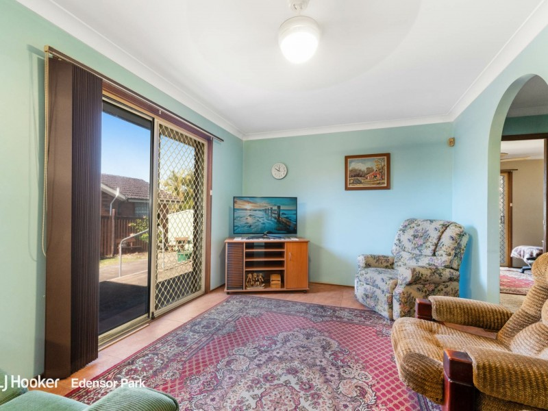 8 Evers Close, Edensor Park NSW 2176