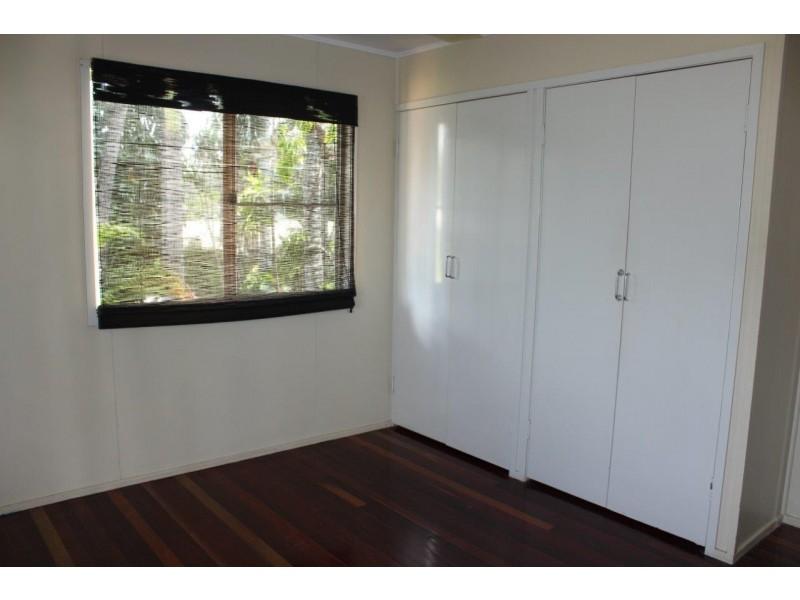 11 McCool Street, Moranbah QLD 4744