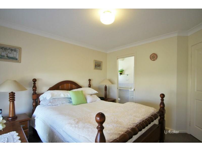 43 Cammaray Drive, St Georges Basin NSW 2540