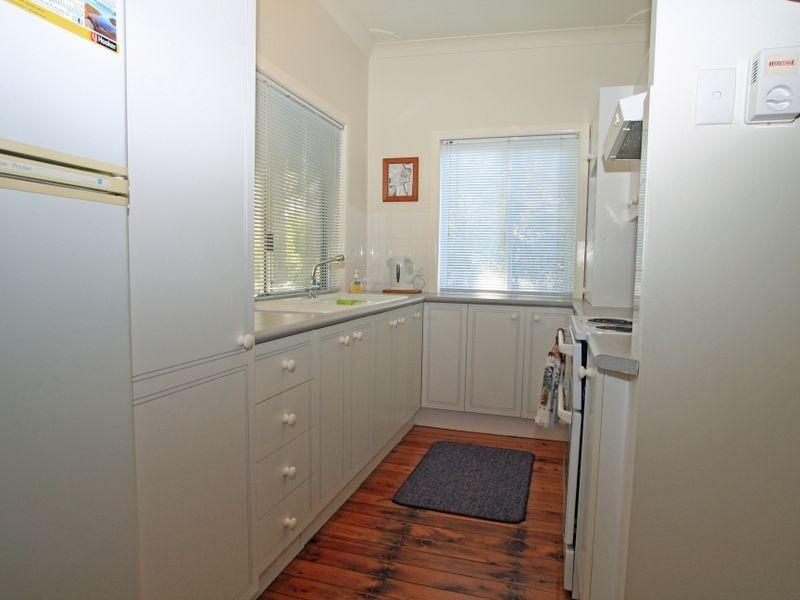 6 Berrara Cres, Berrara NSW 2540