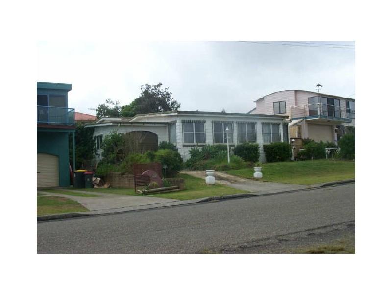 9 Silversands Drive, Berrara NSW 2540