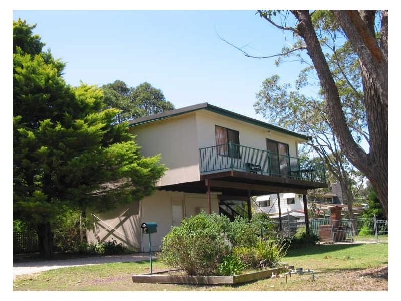 8 Lakeway Avenue, Berrara NSW 2540