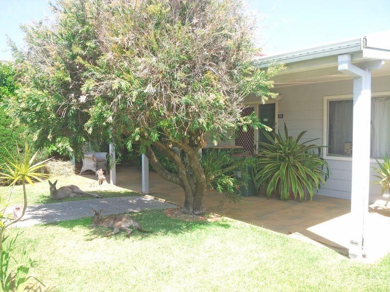 16 Surfway Avenue, Berrara NSW 2540