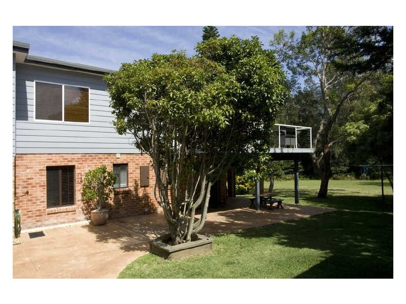 11 Lakeland Avenue, Berrara NSW 2540