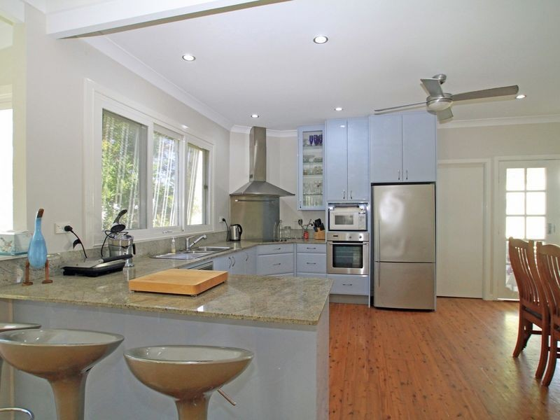 4 Pope Avenue, Berrara NSW 2540