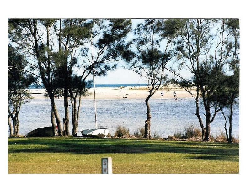 Chalet 13 Berrara Road, Berrara NSW 2540