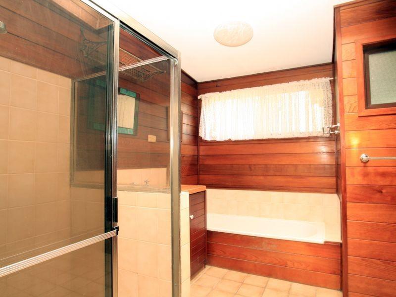 26 Waterhaven Avenue, Berrara NSW 2540