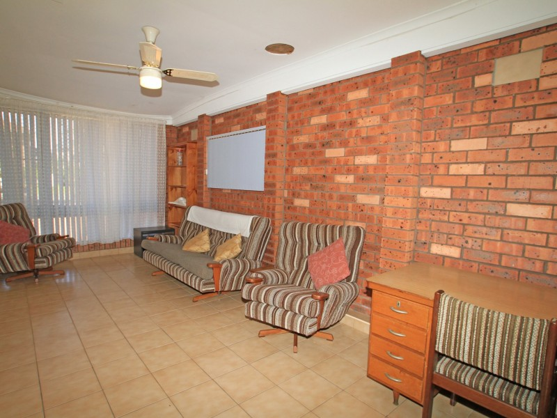 25 Surfway Avenue, Berrara NSW 2540