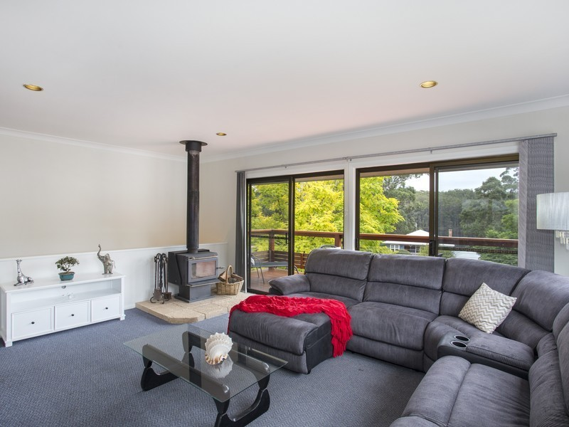 22 Windemere Drive, Conjola Park NSW 2539