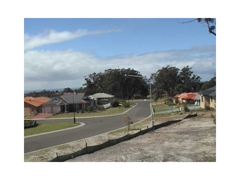 101 Golden Wattle Drive, Ulladulla NSW 2539