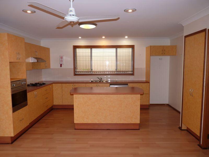 13 Stanton Drive, Ulladulla NSW 2539