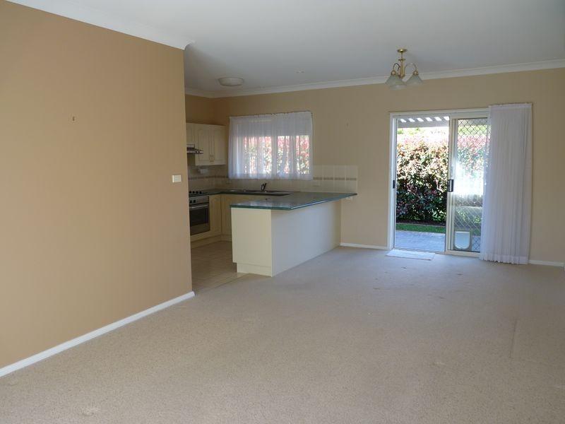 2/68 North Street, Ulladulla NSW 2539