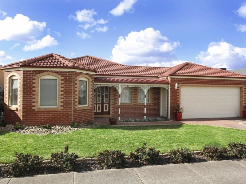 8 Chatsworth Court, Beaconsfield VIC 3807