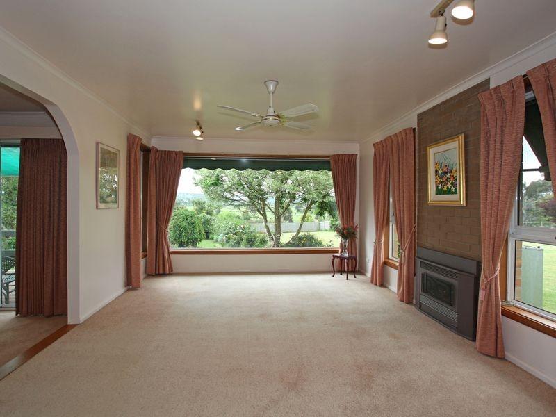 221-229 Belgrave-Hallam Road, Narre Warren North VIC 3804
