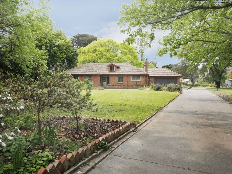 220 Beaconsfield Emerald Road, Beaconsfield VIC 3807
