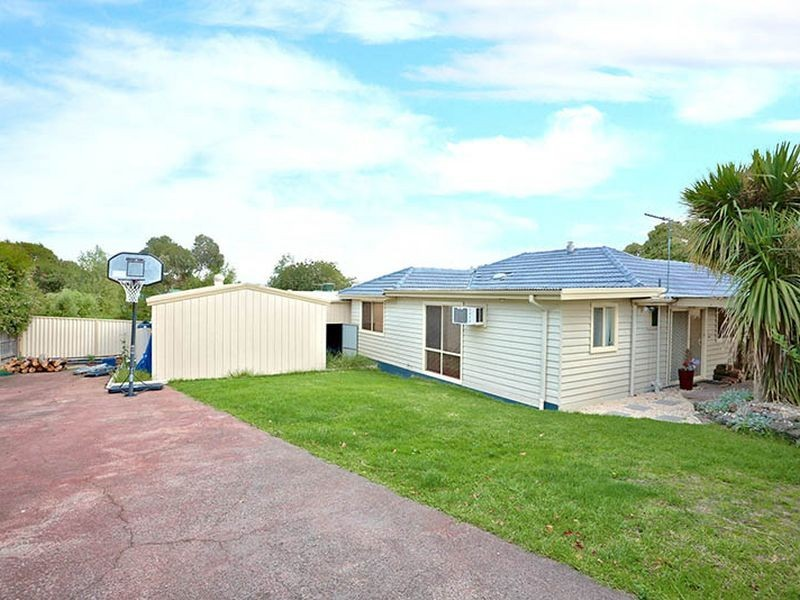 446 Dorset Road (on secluded service road), Boronia VIC 3155