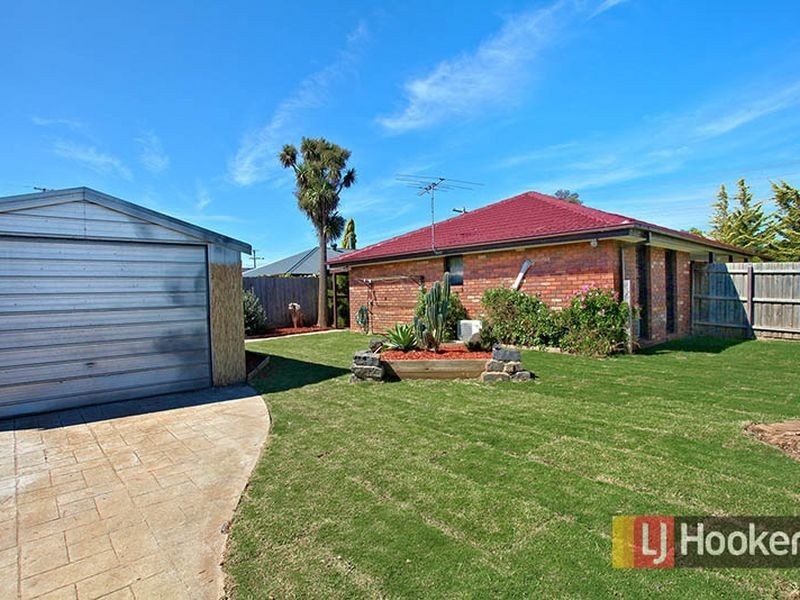 32 Hooker Road, Werribee VIC 3030