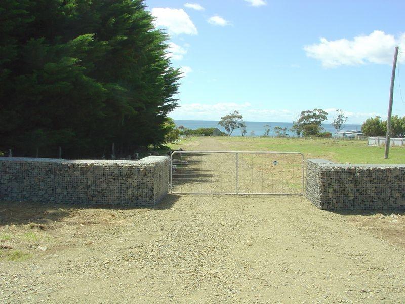 2/65 Harveys Farm Road, Bicheno TAS 7215