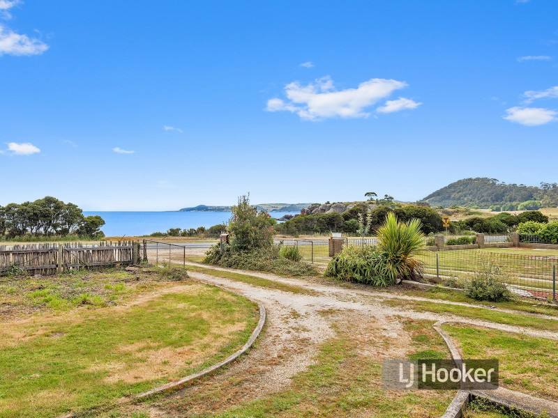 227 Old Bass Highway, Wynyard TAS 7325