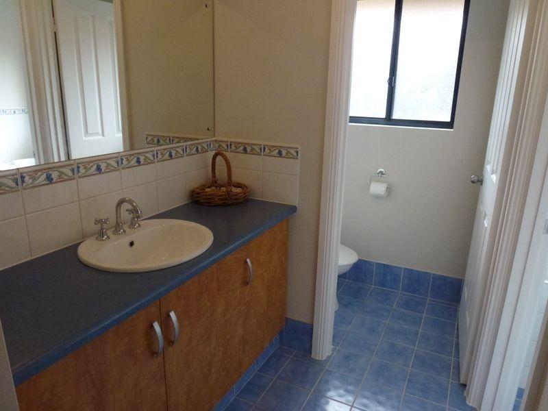 1 Whinnerah Avenue, Aldinga Beach SA 5173