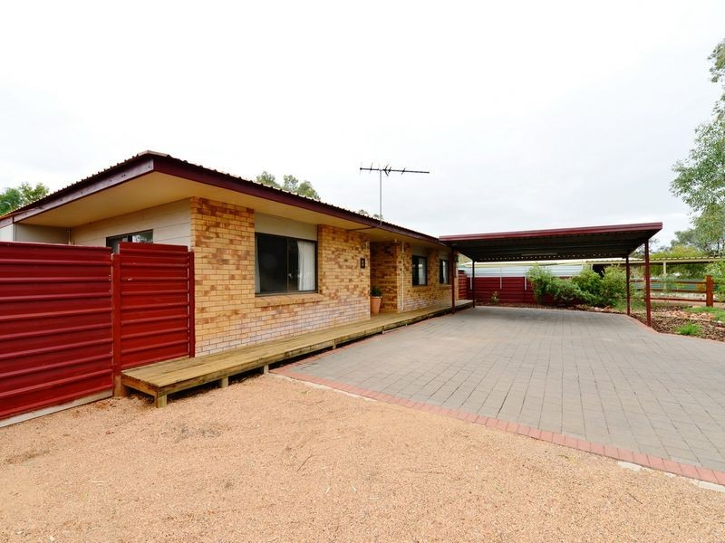 1 Esther Court, Alice Springs NT 0870