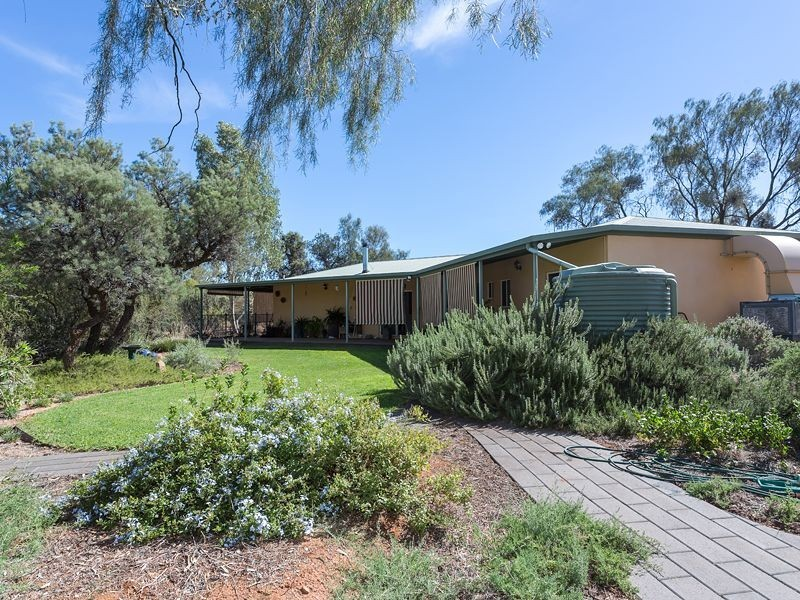 62 Bullen Road, Alice Springs NT 0870