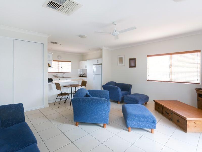 3/2 Gnoilya Street, Alice Springs NT 0870