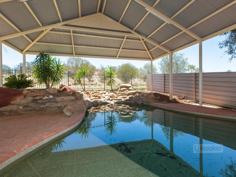 126 Cromwell Drive, Desert Springs NT 0870
