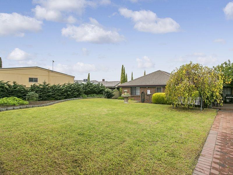 39 Quinvale Road, Hallett Cove SA 5158