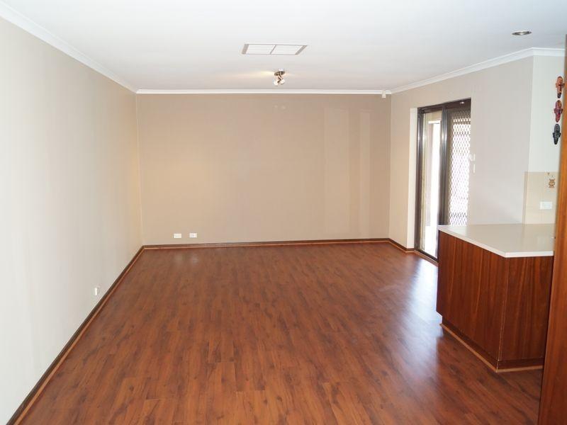 15 Protea Court, Craigmore SA 5114