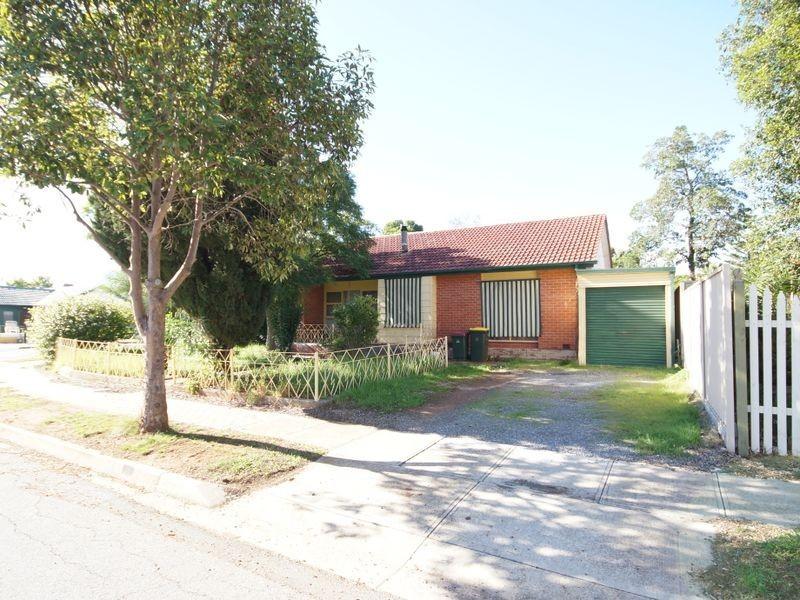 8 Mannington Road, Elizabeth Park SA 5113