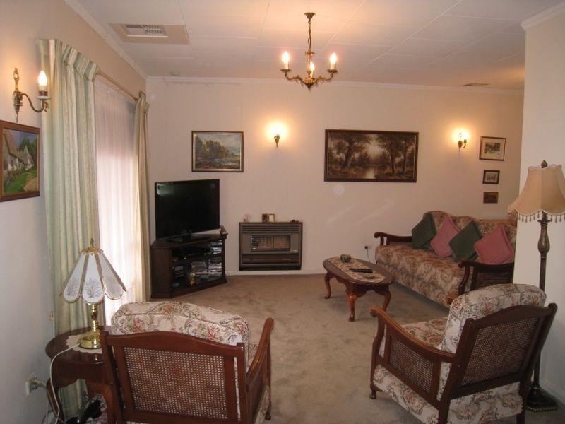 24 Tolmer Road, Elizabeth Park SA 5113